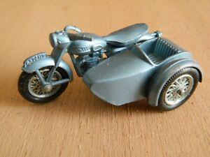 MATCHBOX LESNEY MOTO SIDE CAR TRIUMPH TII 0 VINTAGE N° 4