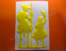 Pegatina Don Quijote y Sancho Panza 3D Relieve - Color Amarillo