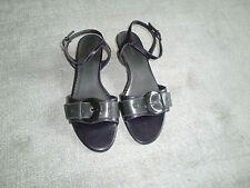 Sandalen, Riemchensandalen von Graceland, Gr. 40, kleiner Trichter, lila/grau