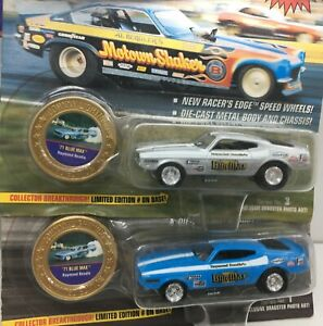 Johnny Lightning LOT OF 2 * Blue Max 71 Ford Mustang** 1/64 *Dragsters USA