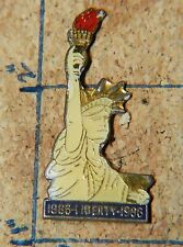 "STATUE OF LIBERTY 1986 VINTAGE RED TORCH METAL 1 3/8"" LAPEL PIN"