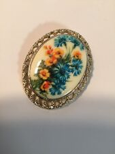 Grandmas Estate Buttercup Gt Brooch (1207)