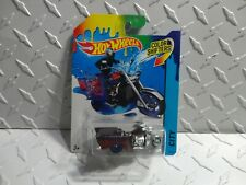 Hot Wheels Color Shifters Blue/Red Boss Hoss Motorcycle