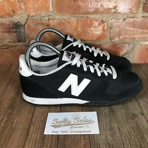 New Balance 402 Grey/White Suede sneakers (WL402BK) Womens Size 6 B