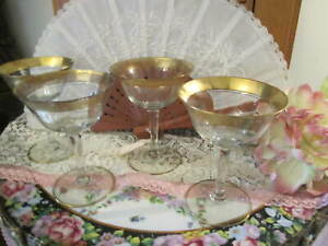 4 MCM vintage Glass With Gold Rim And Gold Rim Base. Rim Has Roses Etched