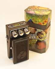 PLUTONEIUM Chi-Wah-Wah ChiWahWah New V2 Design World Smallest Sexiest Wah Pedal!