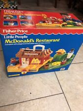 Vintage New Fisher Price Little People Mcdonalds Restaurant Deluxe Playset 2552