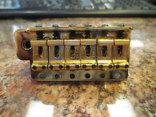 FENDER VINTAGE USA STRAT / STRATOCASTER BRIDGE IN GOLD - LARGE METAL BLOCK