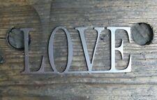 Schriftzug LOVE aus Metall Shabby Chic als Geschenk für die Ewigkeit