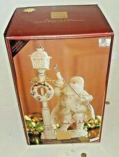 Lenox For Holidays Jeweled Santa Lighting lamppost Florentine Pearl Swarovski