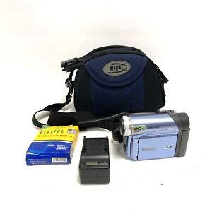 Panasonic PV-GS12 Palmcorder Camcorder 20x Optical Zoom Bundle Tested Working