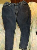 Lee Original Ladies Jeans Size 12M INSEAM 31- 100% COTTON- **NEW WITHOUT TAGS***