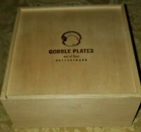 "POTTERY BARN GOBBLE PLATES Set 4 Thanksgiving Turkey Salad 7 1/4"""