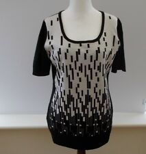Escada 100% Virgin Wool Black and White Abstract Pattern Zippered Jumper. Large.