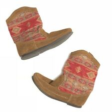 $63 Minnetonka Brown Baja Slouch Moccasin Boots, Tapestry, Boho EUC Women's 7