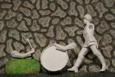 Elastolin / 1:25 ; 156089 - Musiker im Marsch mit Pauke (unbemalt)