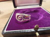 Wundervoller 925 Sterling Silber Ring Designer Spirale Schnörkel Kreis Spule Top