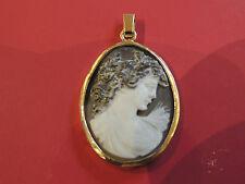 Pendentif ancien camée buste et tête de femme or 18 carats