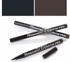Productos de maquillaje de ojos negros de lápiz