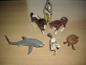 Verschiedene Schleich Tiere