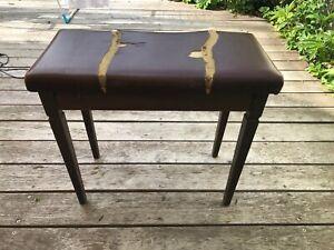 Antiker Klavierhocker alt aus edlem Holz ,Sitzhocker, Stuhl braun 65cmx35cmx60cm
