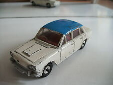 Dinky Toys Triumph 2000 in White/Blue
