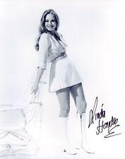 Linda Hayden * Dracula, Christopher Lee *, originale firmato di foto in 20x25