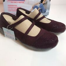 Skechers Air Cooled Memory Foam Classic Fit Frills & Thrills Burgundy Sz 6 NIB 9