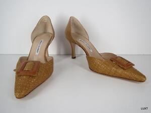 Manolo Blahnik Pumps Heels Size 10.5 40.5 NEW Tan Rafia Buckle Pointy Toe Kitten