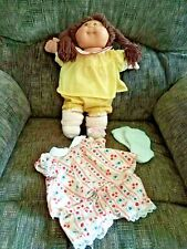 Vintage Cabbage Patch Girl, Brown Hair & Eyes, Signed, 2 Outfits, 1984