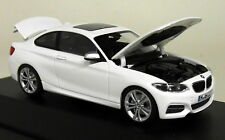 Herpa 1/43 Scale - BMW 2 Series F22 Coupe Alpine White Diecast Model Car
