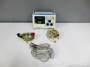 Zoll M-Series Biphasic 3 Lead ECG  ALS Pacing - Cosmetic Damage