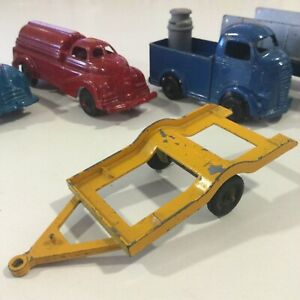 """VINTAGE TOOTSIETOY #10336 YELLOW CAR TRAILER HOOK UP 1:43 Or 4.5"""" USA"""