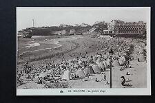 Carte postale ancienne CPA animée BIARRITZ - La Grande Plage