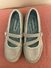 Sketchers Air Cooled Memory Foam Size 6.5