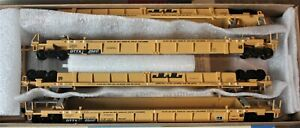 HO scale Walthers 70' Thrall double stack 4 car set