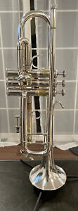 bach stradivarius trumpet 37 with Case