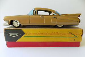Bandai Japan tin friction 1959 Cadillac excellent condition with original box