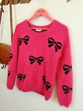 Miss Selfridge Fluffy Jumper. Pink. Negro. UK 8. patrón de arco. Rockabilly. Emo.