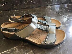 Dr. Weil Orthoheel Sandals Size 9 Eu 40 Silver Metallic Strappy Slip On Sandals