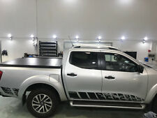 NISSAN NP300 NAVARA 2016 - 18 nguard stile righe laterali DECAL DECALCOMANIE GRAFICHE