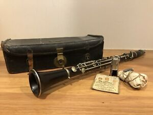 Vintage Antique Clarinet With Case And Accessories