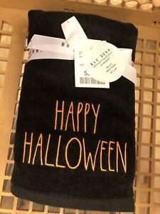 "Rae Dunn ""HAPPY HALLOWEEN"" Hand Towel Set of 2"