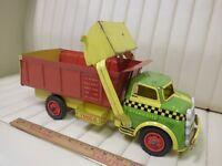 1950s WYANDOTTE Construction Dump / Loader Scoop Truck Pressed Steel Toy