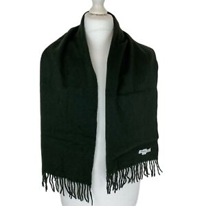 Johnstons Dark Green Super Soft Cashmere Scarf. One size. Immaculate, w/out Tags
