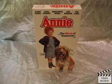 Annie (VHS, 1993) Albert Finney Carol Bennett Tim Curry