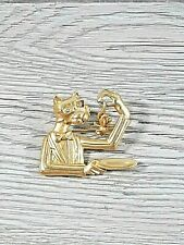 Kat Brooch AJC Designer Signed Gold Tone Cat And Mouse Pin