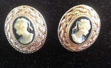 Sterlng Oval Pierced stud earrings Cameo 925