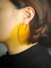 orecchini A perno Grandi Tondo Acrilico Giallo Amber Perla Leggero Semplice M3