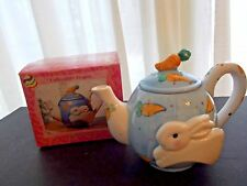 WHIMSICAL BUNNY RABBIT TEAPOT  WITH CARROT HANDLE LID, BOX